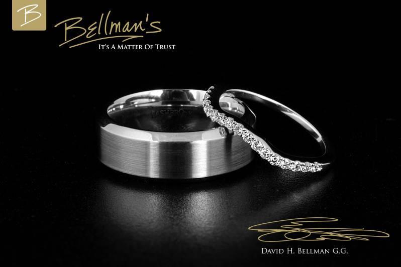 Wedding band and diamond side stone ring