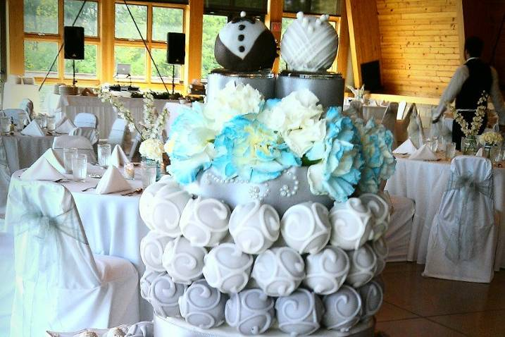 Cake Bite Delights