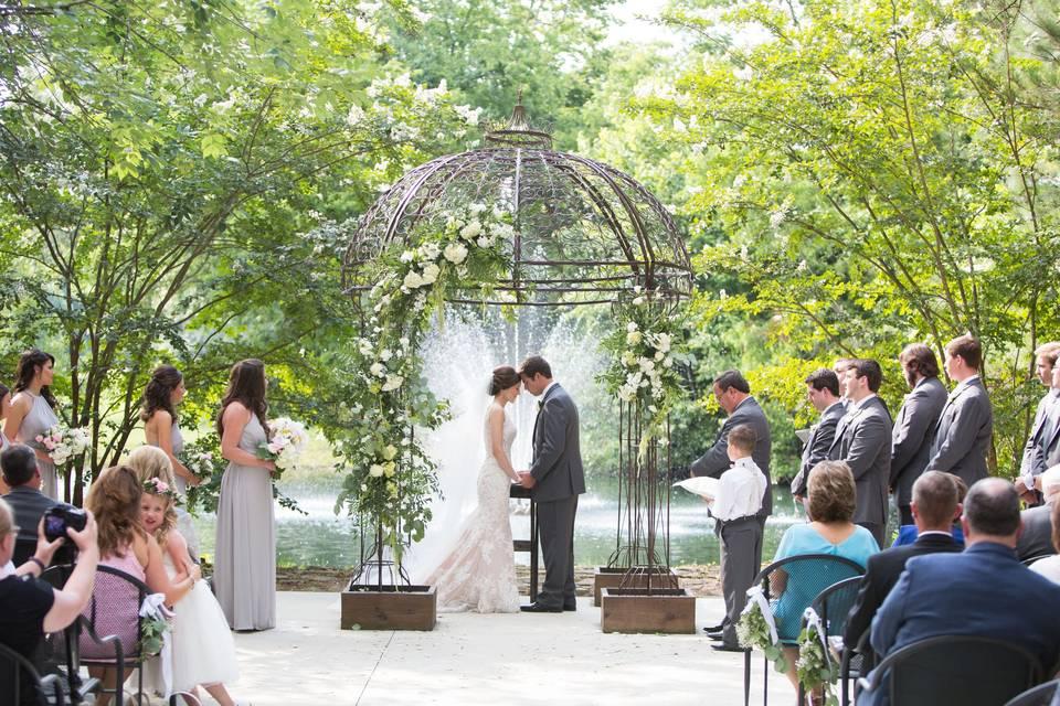 Hampton Cove Wedding Venue