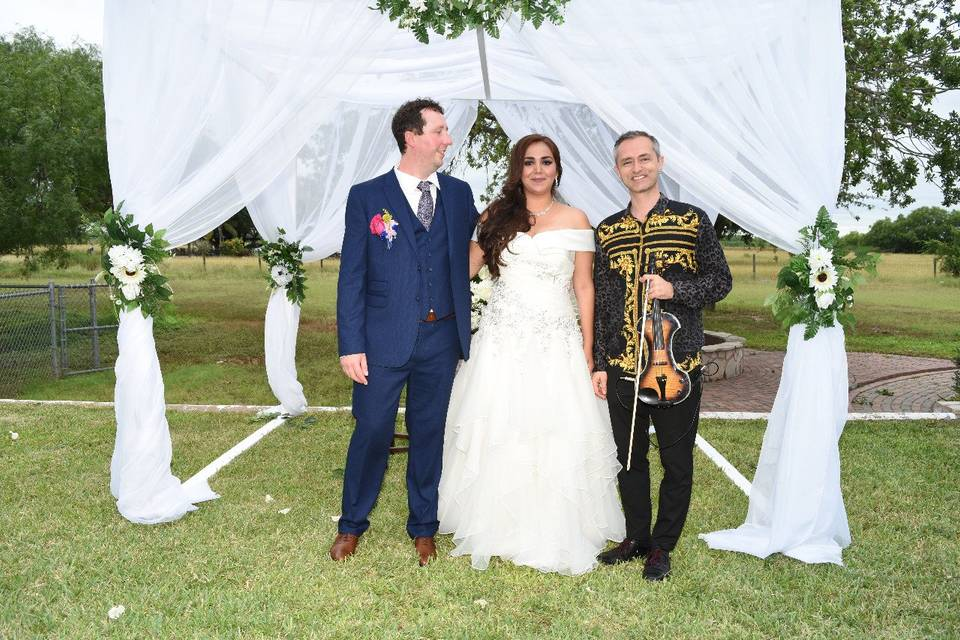 Happy wedding in McAllen,Texas