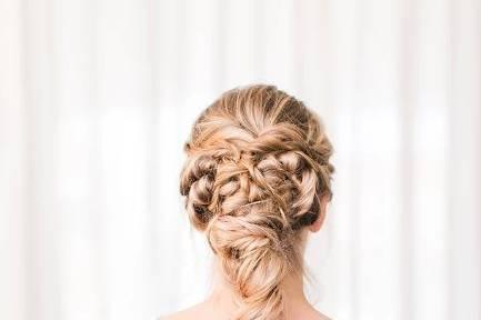 Hairdo   Photography:  Natalie Broach
