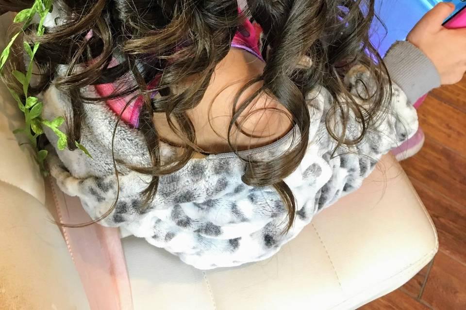 All over curls (little girl)