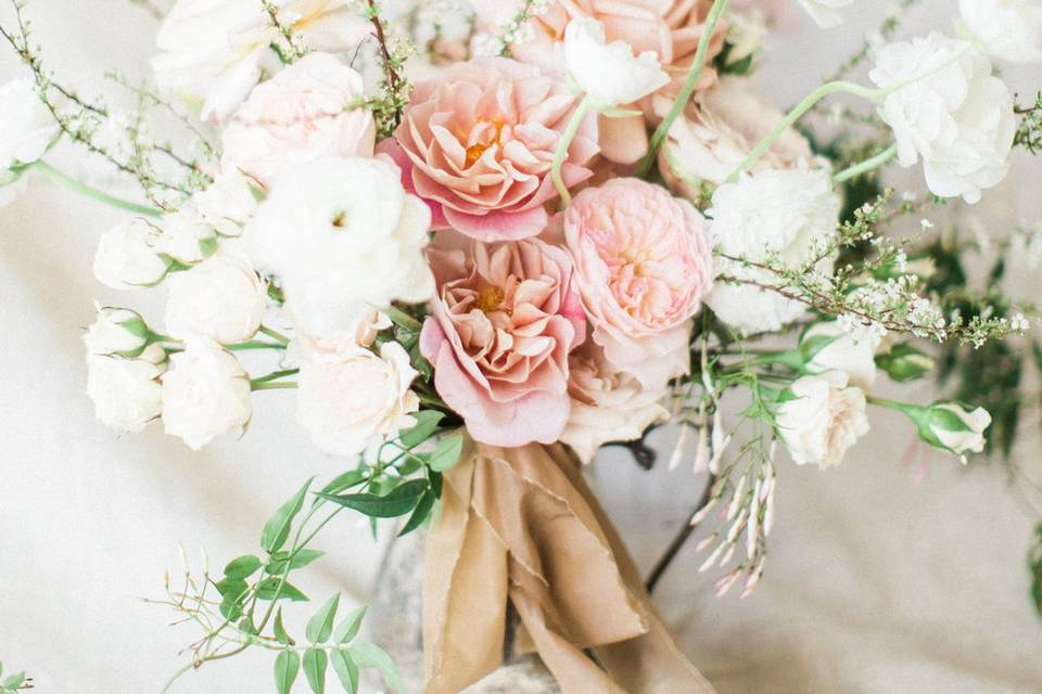 Gorgeous florals by malnut.and