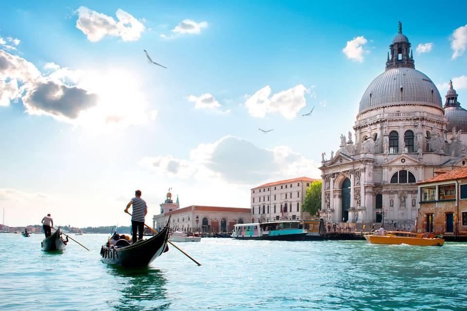Italian dreamy honeymoons