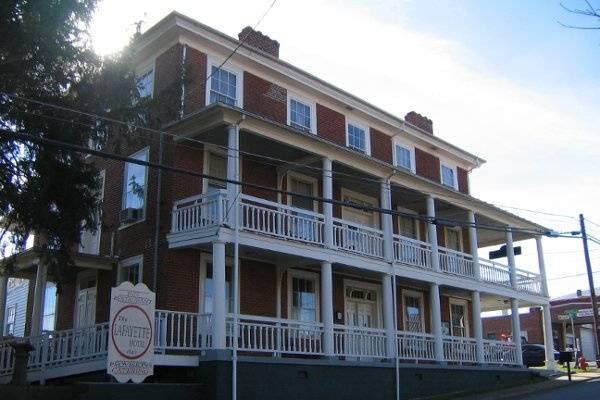 Lafayette Inn