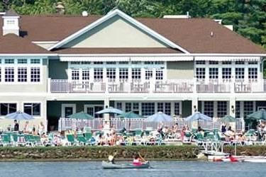 Mountain Lakes Club facade