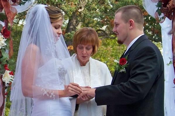 Bonded Hearts Weddings and Wine