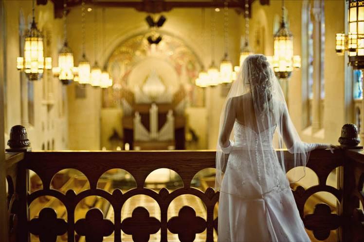 Bridal suite chapel