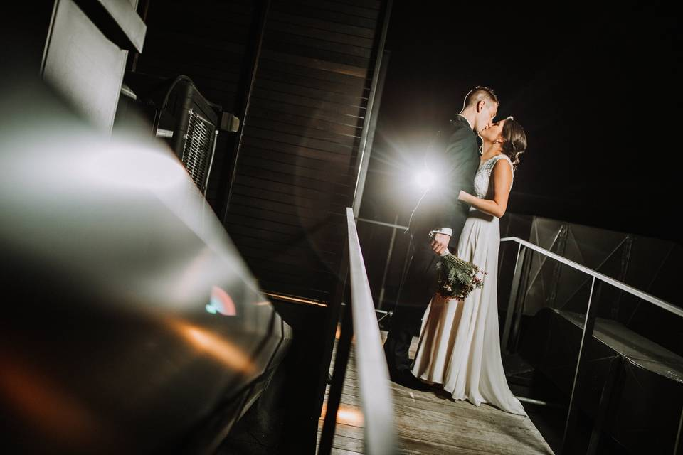 A private moment (Klear Photography)