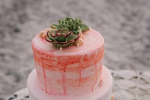 Beach-themed cake