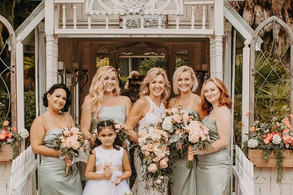 A gorgeous wedding party!