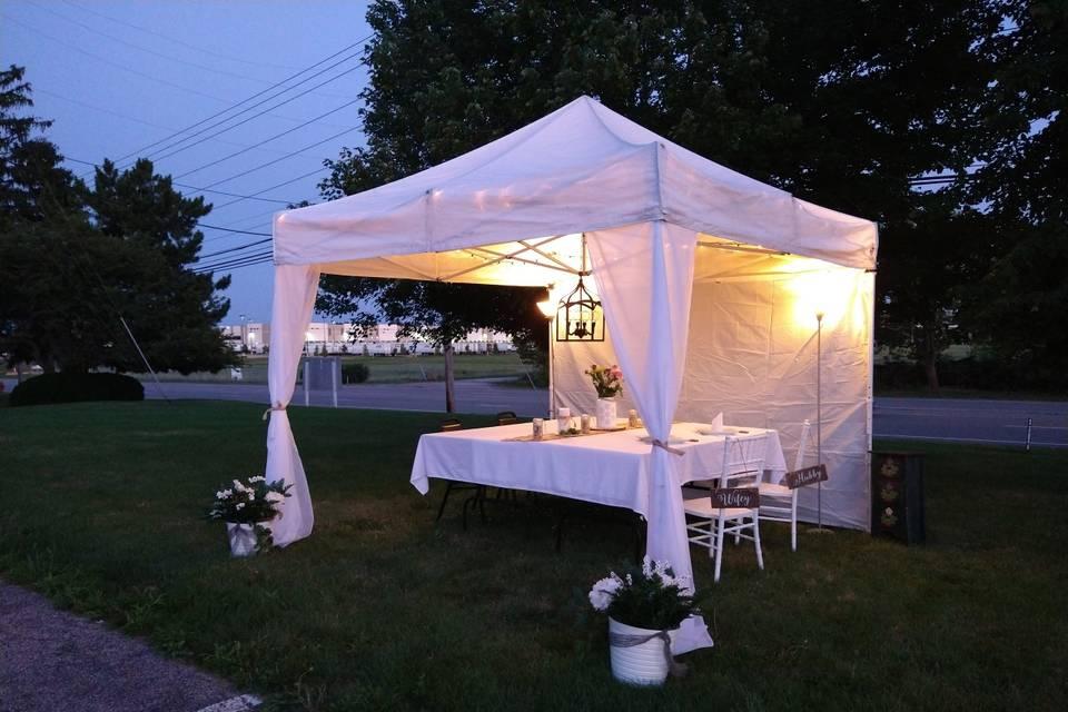 Robesto's Outdoor Tasting Tent