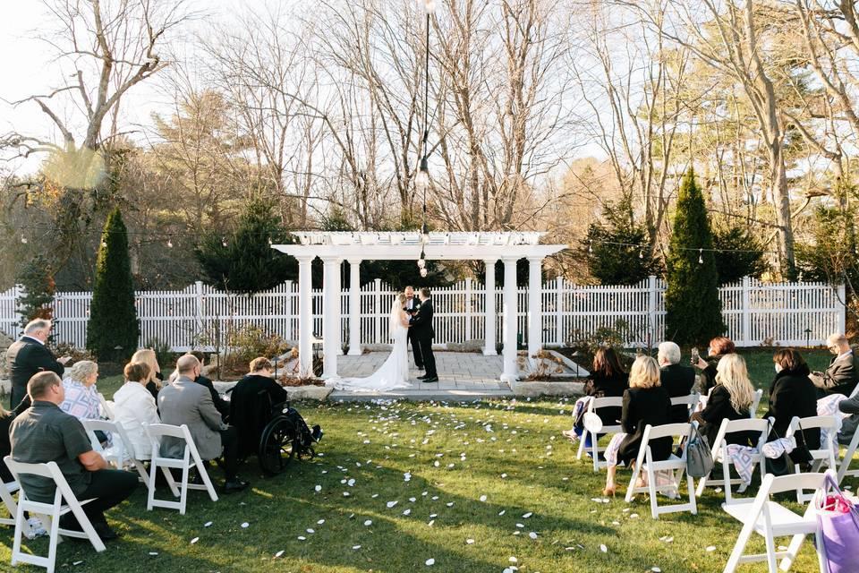 Elegant outdoor ceremony