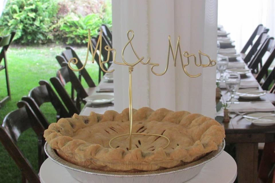 Newlywed's wedding pie