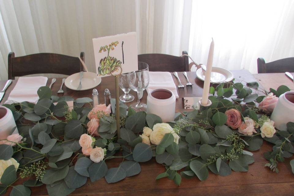 Head table seating