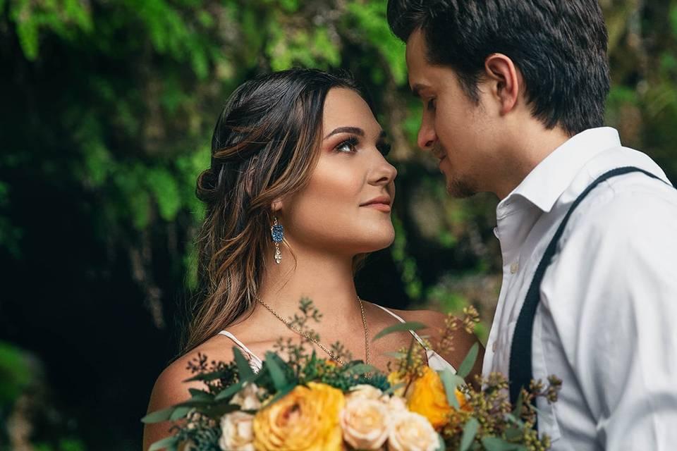 Contoured bride