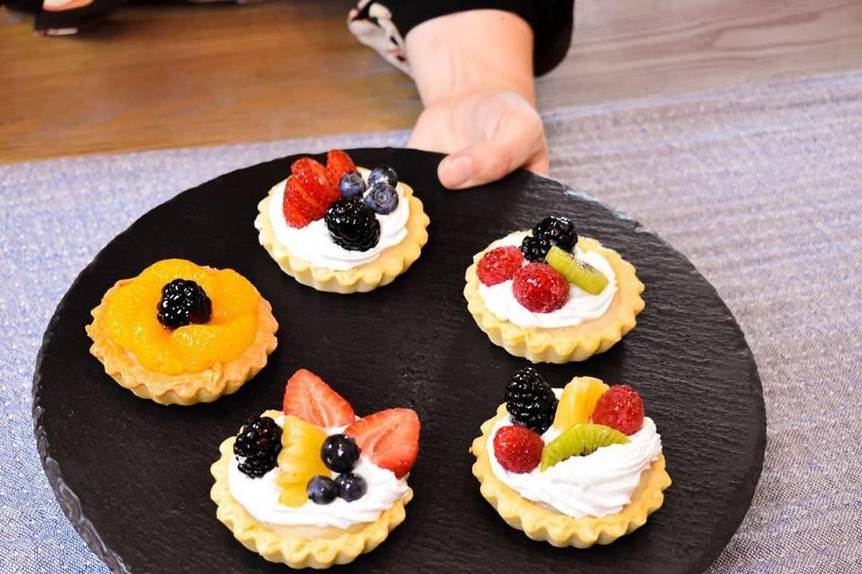Round with Desserts