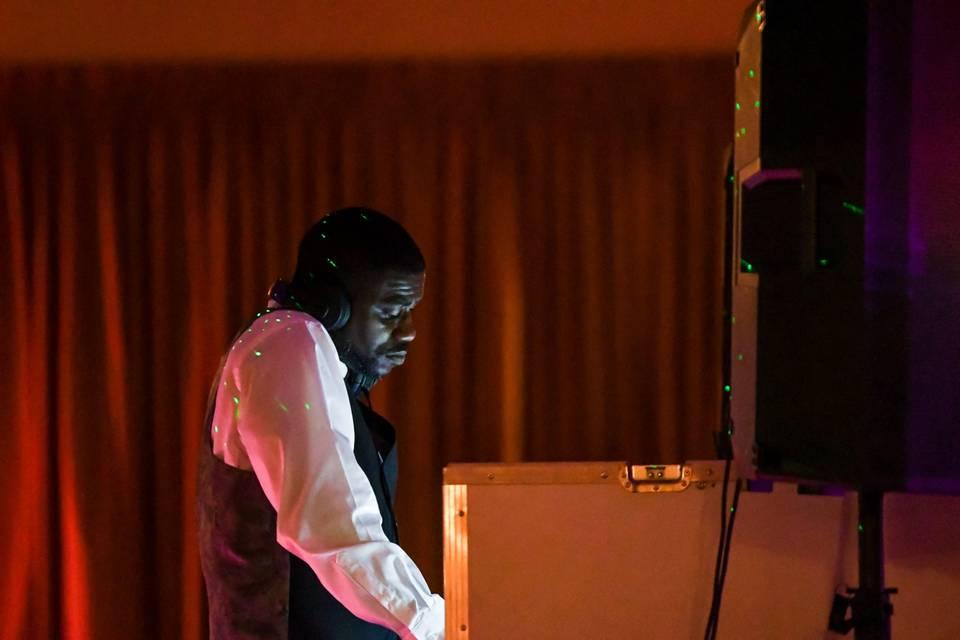DJ on decks