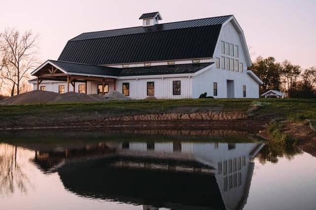 The Barn at Sixpence