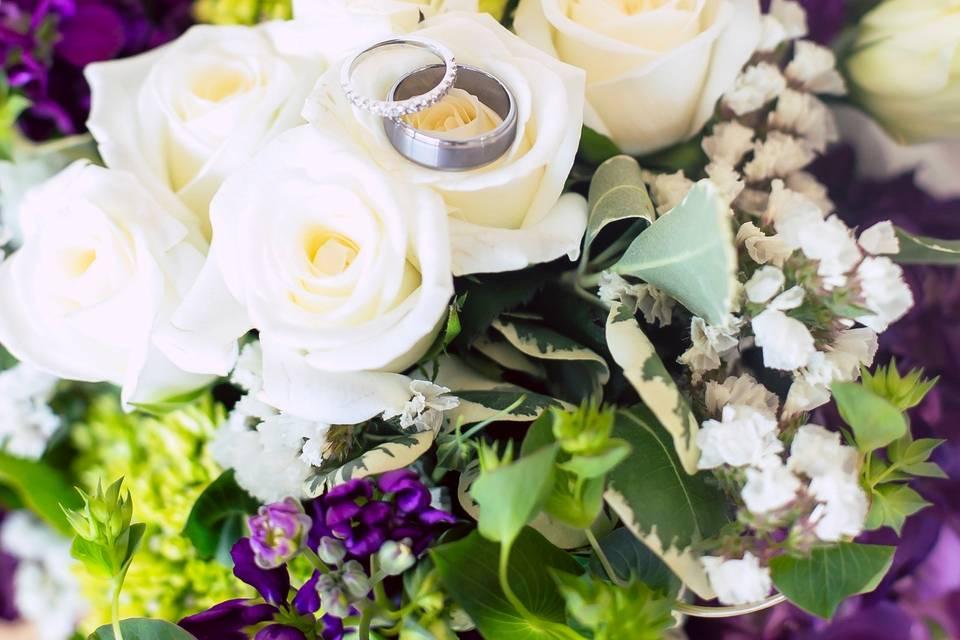 Bridal bouquet with roses, hydrangea, bupleurum, statice, stock