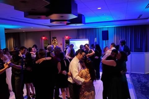 Dancing & uplighting