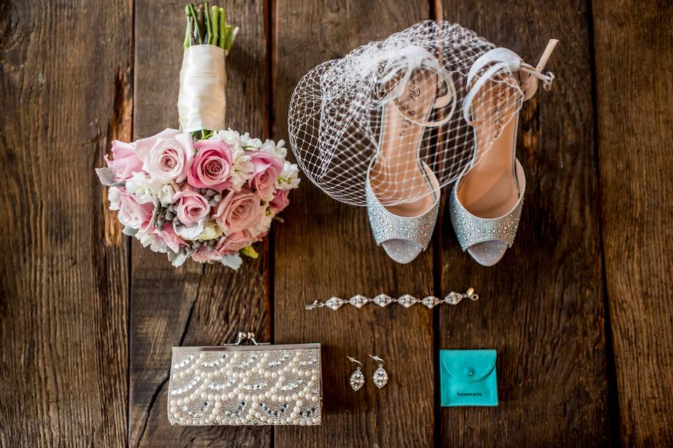 Essential accessories - Kaylyn Ivy Photography