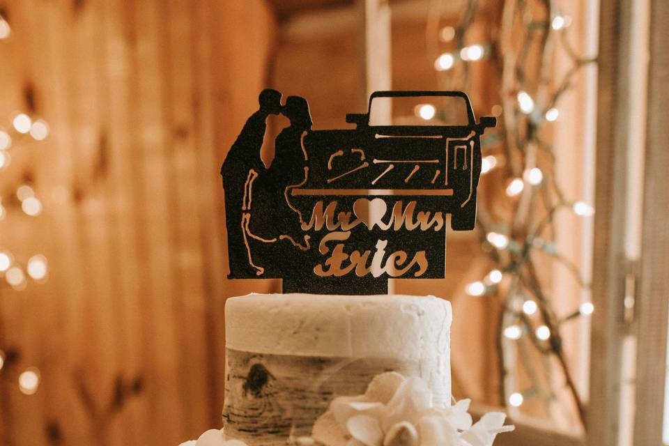 Cake with topper