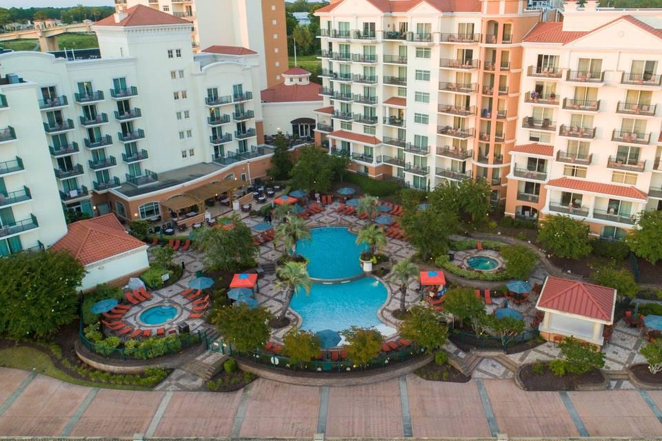 Poolview at marina inn