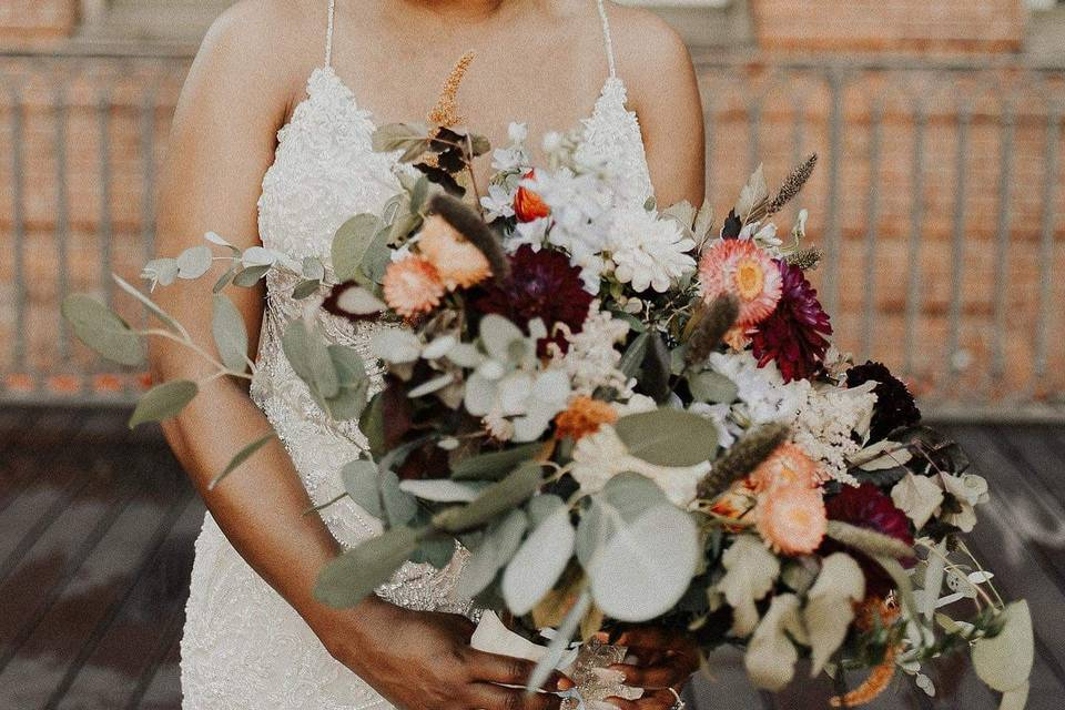 Knock out Bride AND Bouquet !