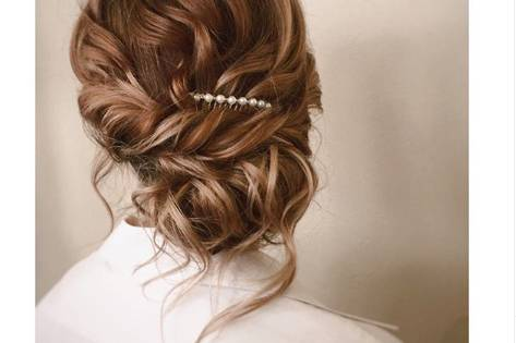 Bridal updo with elegant pin
