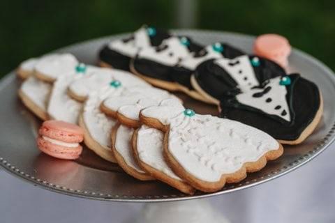 Bride/Groom Cookies