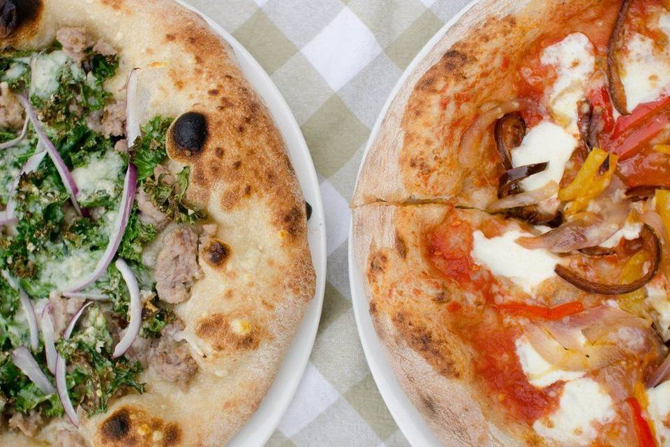 Forno Bova Mobile Wood Fired Pizza