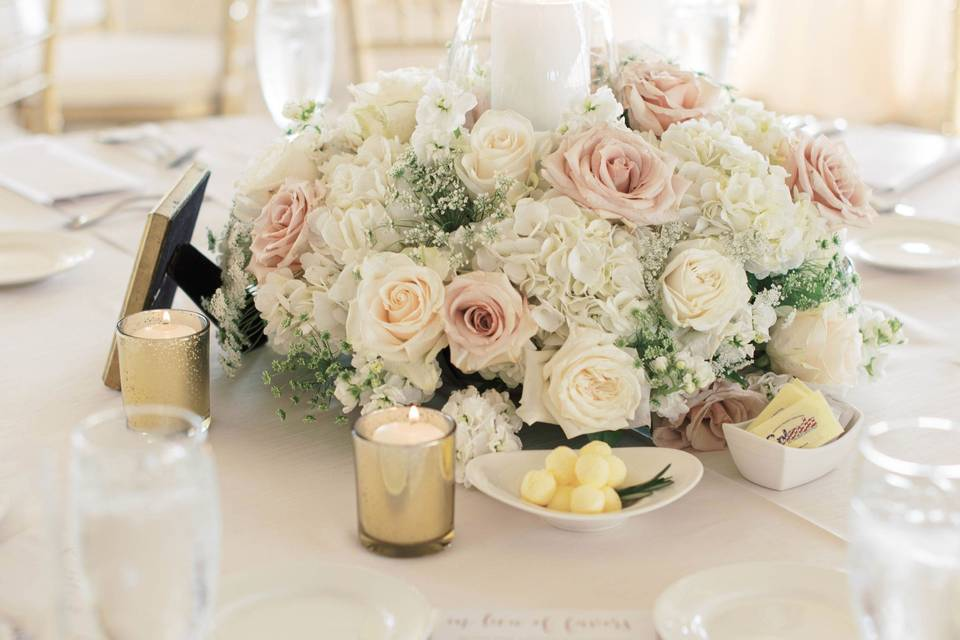 Floral centerpiece and place settings