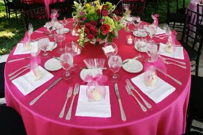 Round tables for guests