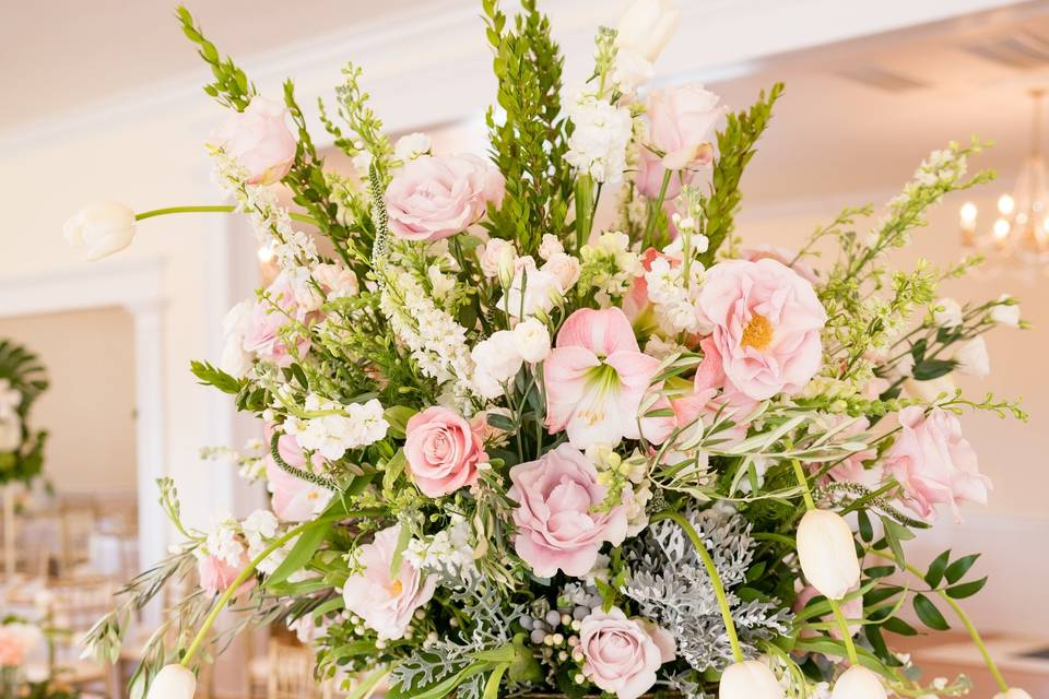Holiday House Florals