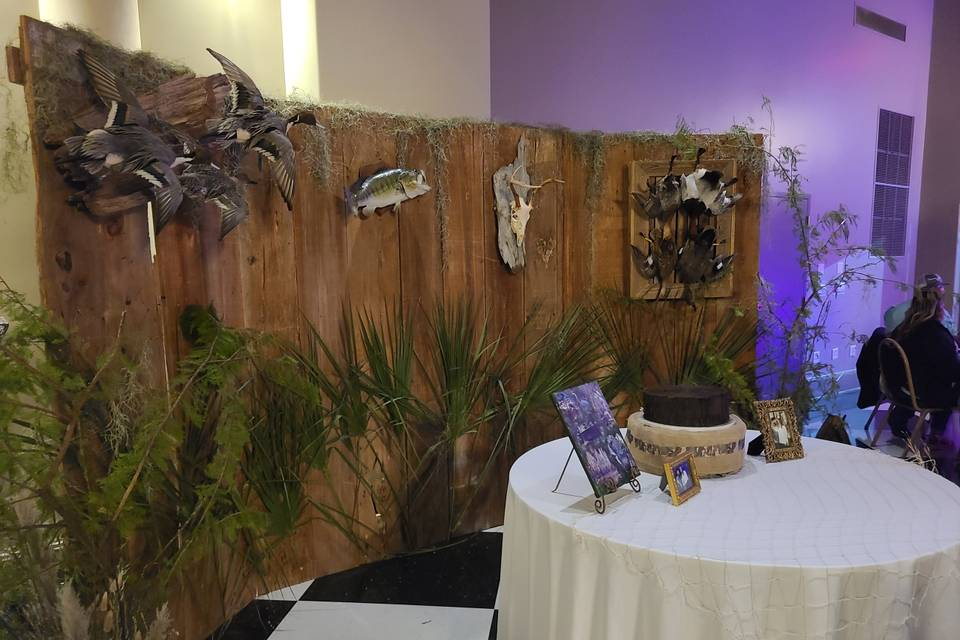 Grooms table and backdrop
