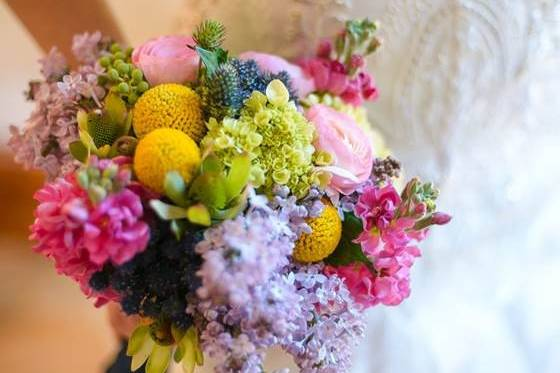 Down to Earth Flowers & Gifts