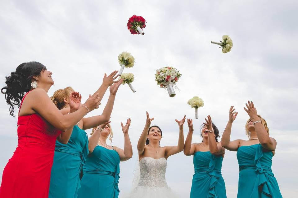 Throwing the bouquets
