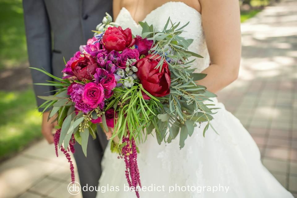 Flower bouquet | Douglas Benedict Photography