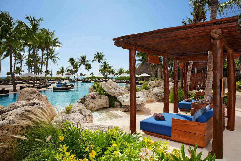 Secrets Resort