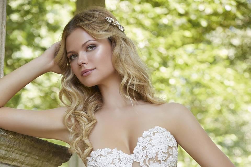 Elegant off-the-shoulder wedding gown