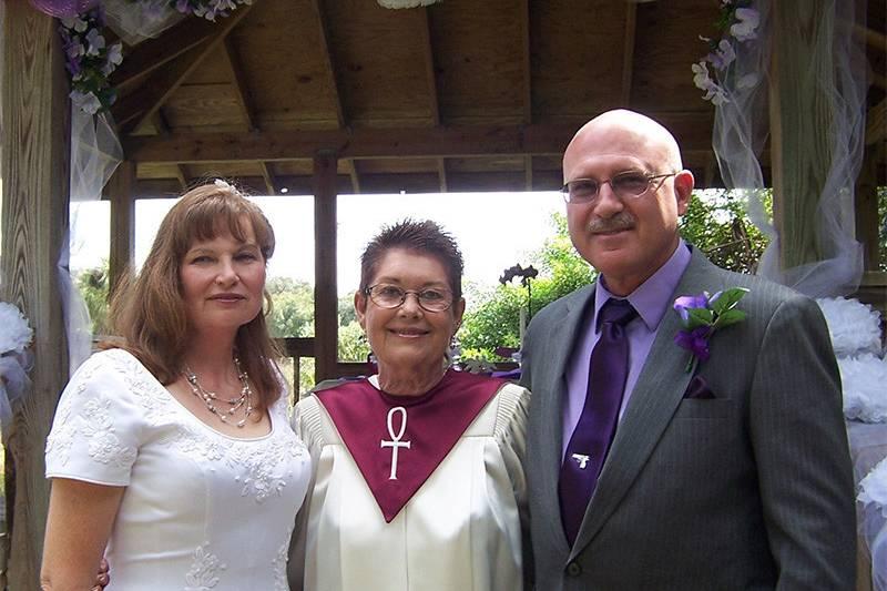 Rev. Lyns Weddings