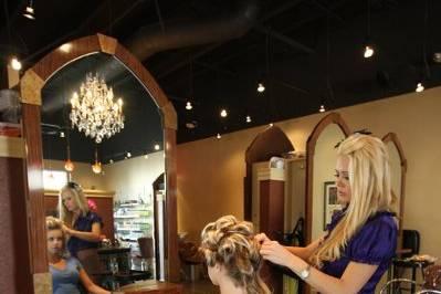 The Right Hair Salon