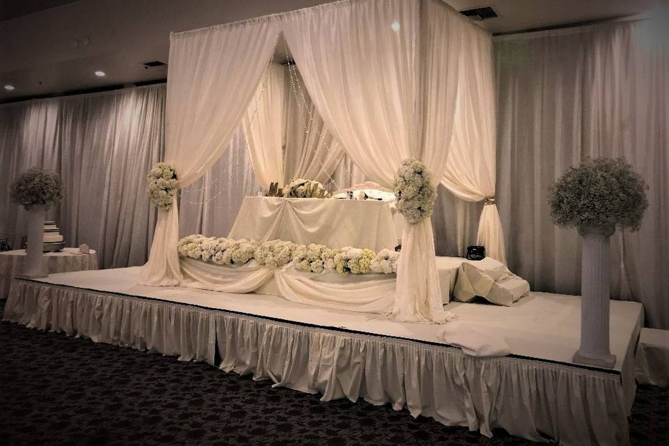 Sweetheart Table with Staging
