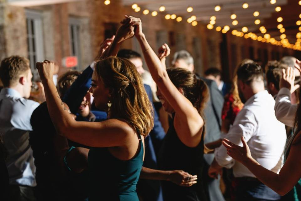 Helping you pack dance floors
