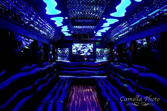 EXCEED LIMO