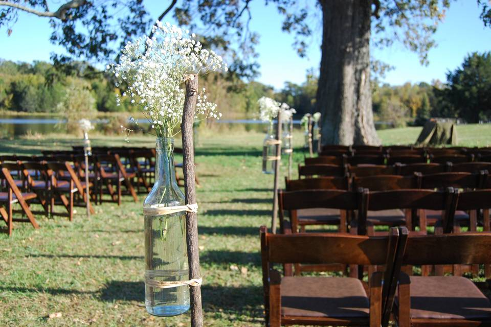 Rustic Ceremony - Oak Tree