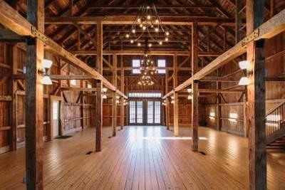 The Wedding Barns of Maine: The Barn at Flanagan Farm