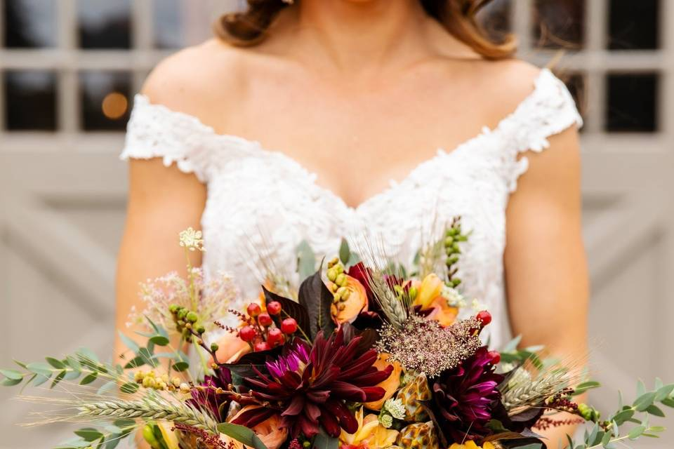 Rustic fall bridal bouquet