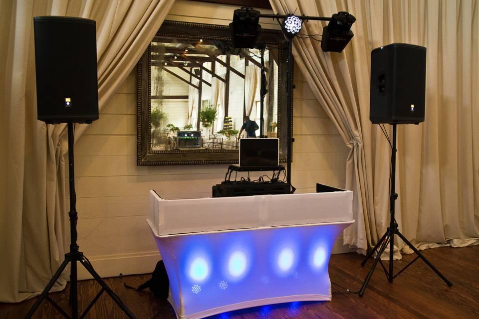 Dustin Lavelle Weddings & Events